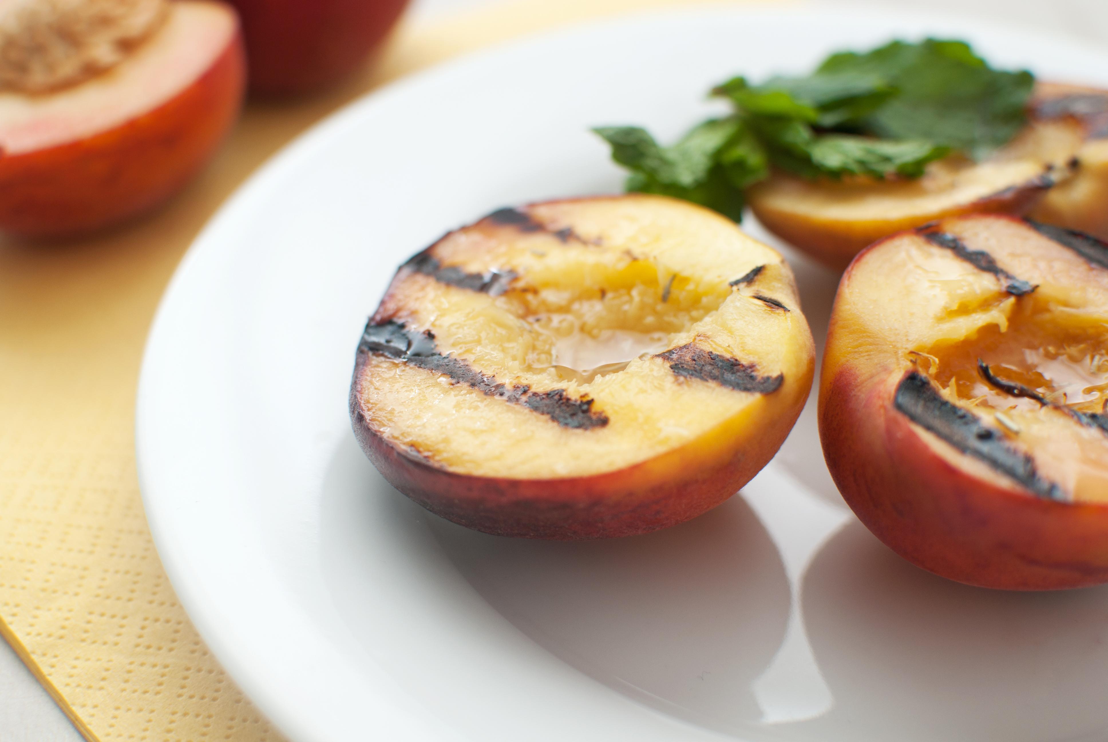 utah grilled peaches.jpg